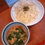 15220037 - つけ麺650円+野菜増し(十周年記念)