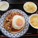 トムヤムクン - 鶏肉バジル炒め・セット