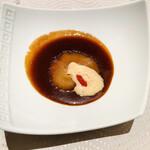 翆陽 - 鱶鰭姿煮:フォワグラの泡が面白い!