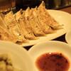 餃子の福包 - 料理写真:焼き餃子2皿
