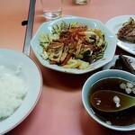 天龍 - 料理写真:肉とキャベツの味噌炒め定食(750円)+餃子(350円)