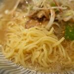 152244369 - 細麺
