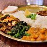 バッティ ネパール居酒屋 - バッテ カナ セット(+100円)@税込1,080円:お野菜たっぷりと。