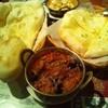 ダンニャワード - 料理写真:バイガンマサラ、ナン、チーズナン