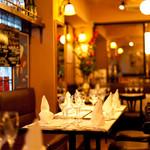 フレンチカフェレストラン 神楽坂 ル コキヤージュ - 店内の雰囲気