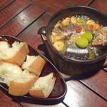 KITCHEN BAR 新目黒茶屋 - 秋刀魚と銀杏のアヒーリョ