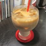 カンダコーヒー - アイスみるくコーヒー 350円