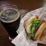 ハンバーガーのワンダフル 片町店 - ビール「ピコン」とLAバーガー