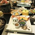 湯の宿 元湯くらぶ - 料理写真:夕食全景