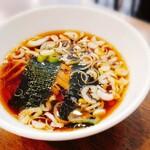 中華レストラン さんぷく - つけそば大のスープ