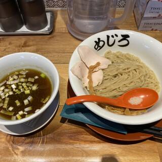 麺屋めじろ - 料理写真: