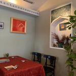 152356639 - 店内はモダンでシックな大人のスパイス料理店✩.*˚