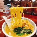 上海餃子 りょう華 - 中太麺最高⸜(*ˊᗜˋ*)⸝⋆*