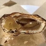 ブーランジェリー タプタプ - 料理写真:りんごとシナモンの香りがたっぷり〜