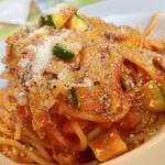 ラ ミシェル - 牛肉とズッキーニのトマトソース