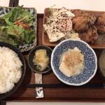 酒蔵 強三 - ランチ 鶏の唐揚げ(750円)