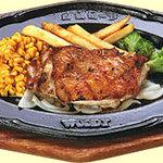 ウッディ - 女性のお客様にもうれしいヘルシーなチキン。スープバー・サラダバー・ライスorパン付きで1155円から!かなりお得です!!