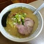 らーめん しののめ屋 - 料理写真:塩らーめん(ふつう盛)670円