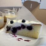 カフェ クラフツマン ベース - ブルーベリーレアチーズ