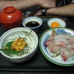 お食事処 慶 - 生ウニ&刺身丼ハーフあんどハーフ1500円