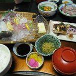お食事処 慶 - おやじが釣った魚定食1980円