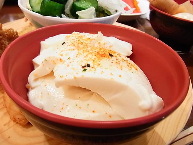 ビーハイブ - 寄せ豆腐