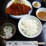 亜希 - とんかつ定食  ロース     1250円