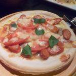 二重まる - チョリソーとトマトのピザ