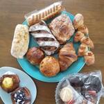 製パン 雅 - 今回購入したパン達と焼き菓子達❤️