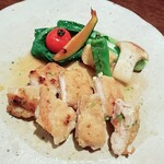 カフェ セキミヤ - 料理写真:国産鶏モモ肉のポワレ