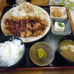 ばんちゃ屋 - 「チキンカツ定食」680円