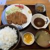 大勝 - 料理写真:トンカツ定食