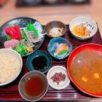 魚食処 一豊 - ケンケンカツオのタタキ