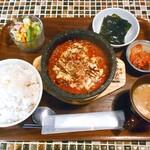 コッテジ - 石焼チーズタッカルビ ランチセット(激辛・ご飯大盛)