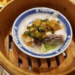 中國菜 心香 - 副菜:鮮魚(鯛)と野菜の辛味せいろ蒸し。