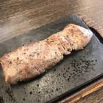 やっぱりステーキ - 料理写真:やっぱりステーキ 150g