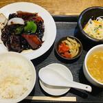 天地あまっち - 黒酢酢豚定食 900円