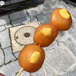 石段たまこんにゃく - 料理写真:玉こん100円に辛子0円