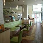 NICOLAO Coffee And Sandwich Works - 店内