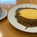 152486307 - ドライカレー・オムレツのせ(中辛)スープ付き