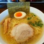 麺屋なかの - 料理写真:鳥中華 (塩) 細麺