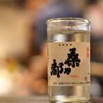 餃子バル - 日本酒好きにこそすすめたい辛口の八王子の地酒