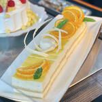 カフェトスカ - バニーオレンジ@バニー(バニラ)の甘いムースと酸味のあるオレンジムースのコントラスト