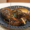 シュマンドール - 料理写真:2021.6 本日の食材(活きのオマール海老とアワビ)