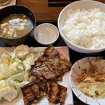 なまらうまいっしょ - 国産豚バラ焼定食 836円