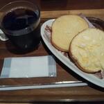 フォレスティ コーヒー - 料理写真:~11時迄のモーニングメニューから ◈トーストセット390円税込 (プレーントースト&たまごトーストにアイコ)