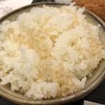 とんかつ かつひろ  - 玄米