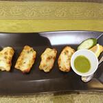 ディヤ - ミント・ソースで鶏ムネ肉