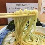 浦安 幸来 - ツルツルでコシのある細麺。