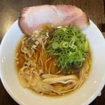 中華そば 九兵衛 - 料理写真:中華そばヾ(^。^*)¥700円